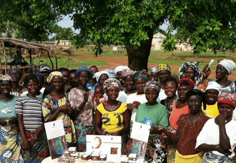 Les femmes africaines productrices de karité karethic